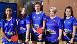 Auf dem Bild von links nach rechts das Kreisliga-Damenteam der DJK Roland Rauxel: Rijetha Sivanenthiran, Mia Scharpenberg, Katharina Kruse, Jessica Siersiecki-Rogge, Nikie Chien